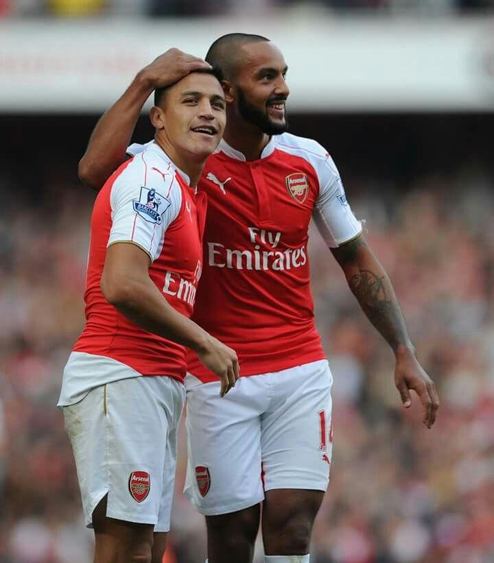 Alexis & Theo