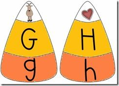 candy corn puzzle match -- FREE printable (not just a picture of the activity)