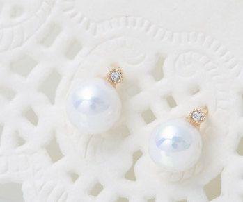 14k Gold earrings for her,wedding invitation,gold earrings for women, invitation,tiny earrings,minimal earrings,Pearl earrings,vtrear-13