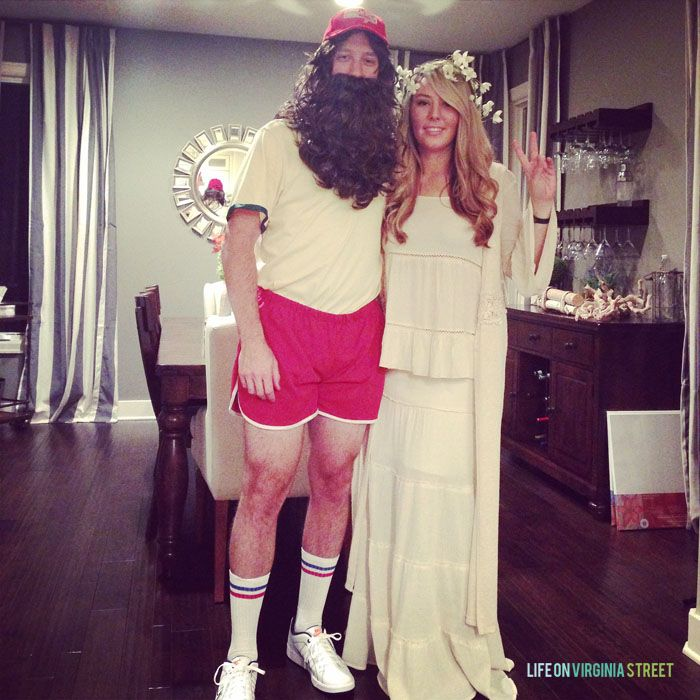 Halloween Couples Costume Idea - Forrest Gump and Jenny. Love this!