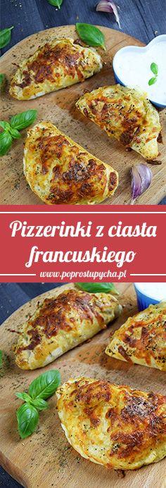 Kolejny przepis na przekąskę do piwka  – pizzerinki z ciasta francuskiego! ❤️ Link:  http://poprostupycha.com.pl/pizzerinki-z-ciasta-francuskiego/  #poprostupycha #przekąska #pizza #pizzerinki #przepis #impreza