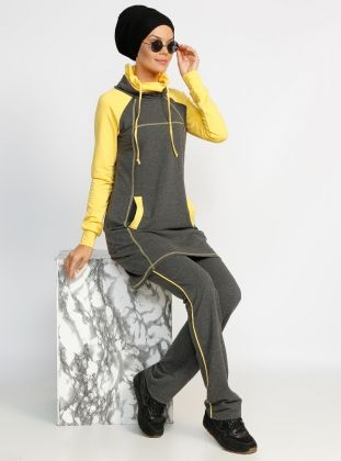 Tracksuit topped Taki Is - Gray - Mayovera