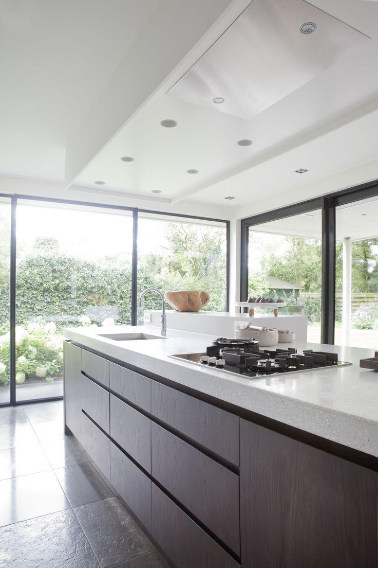 Villa Utrecht; kitchen; design Remy Meijers