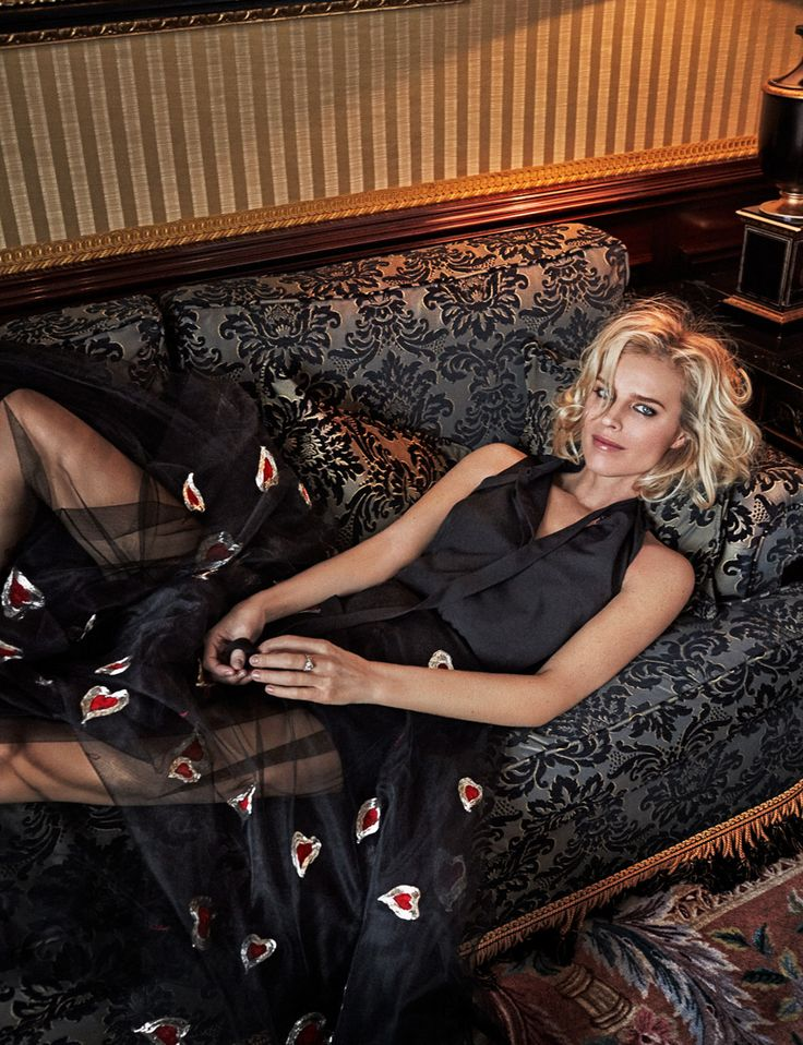 Photography: Xavi Gordo at8 Artist Management Styled by: Babi Garralda Hair: Cyril Auchère Make up: Christina Lutz Celebrity: Eva Herzigova