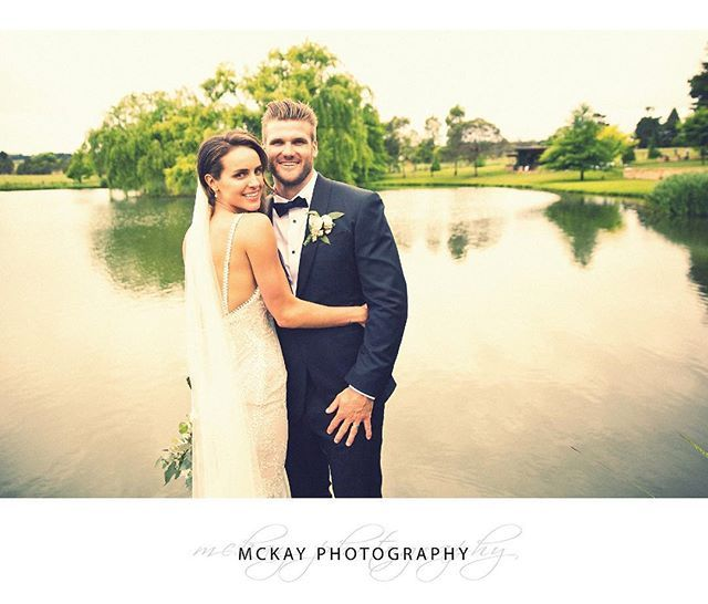 Ali & Jack lakeside at @bendooleyestate   #mckayphotography #bendooleyestate #wedding #bowral #bowralwedding #bowralphotographer #southernhighlands