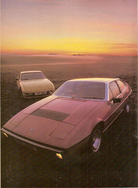 Lotus Eclat 523 & Porsche 924 Twin Road Test 1978
