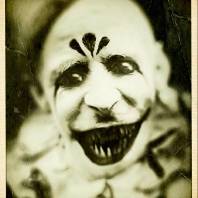 Razor teeth!  Yikes Creepy & Spooky
