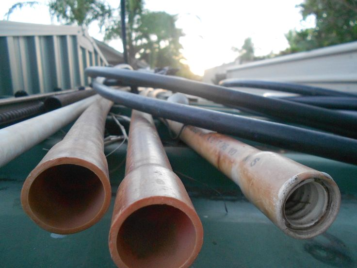 Pipes and hoses on top of my shed at my backyard. ISO on 400, macro mode on, white balance on auto. What i like most about this picture is the sun going down in the background. It is also a bit blurred in that area. The very front of the image which were the pipes, turned out very clear which made me pleased