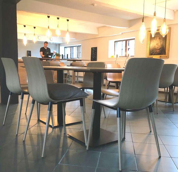 Pi Chair, 3D veneer