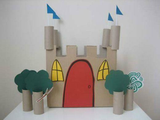 Cómo hacer un castillo con una caja de cartón reciclada