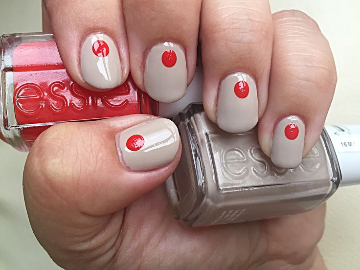 essie sand tropez with dots of fifth avenue #essie #loveessie #essiepolish #polishedup #iampolishedup #nailart #dots #nude #red #iloveessie #iheartessie #nail #nails #nailpolish #polish #polishaholic #fifthavenue #sandtropez #simple #manicure #manimonday #notd