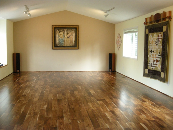 Dura Dance Home is an affordable way to create your own in-home studio! It's ideal for all types of dance & aerobic exercise, absorbing energy to protect all ages and skill levels from bodily injury brought on by concrete and other solid floors.