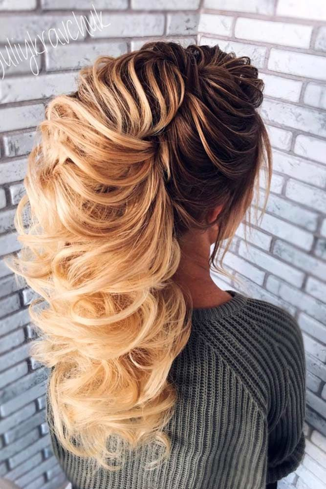 80 Dreamy Prom Hairstyles For A Night Out Lovehairstyles Com In 2020 Stylish Hair Hair Styles Prom Hair