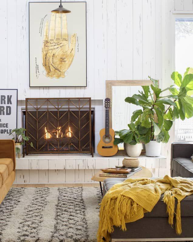 Design Dare Paint Your Trim Black Small Living Rooms Small Living Room Small Living