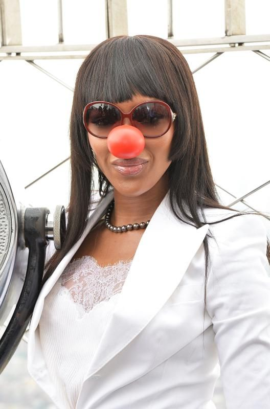 Celebrities Red Nose Day May 26, 2016 - Blake Shelton, Julia Roberts and more celebrities support Red Nose Day