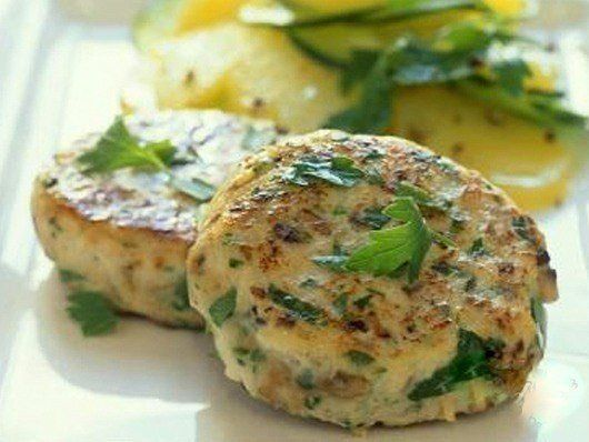 http://nimble-chef.tumblr.com 🍃 5 рецептов ПП-котлеток, которые с одинаковой пользой можно кушать как утром, так и вечером…🍃 А еще они очень вкусные! 1. Овсяные котлетки - универсальное ПП-блюдо,...