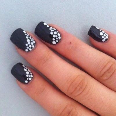 15 Diseños de Uñas con puntos – Polka Dot