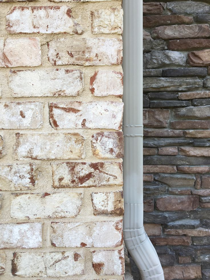 Beautiful Pine Hall Bricks
