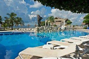 El Sunset Marina & Yacht Club se encuentra situado en plena Zona Hotelera. Complejo todo incluido. Frente a la laguna Nichupté #Cancun #Mexico #Hoteles
