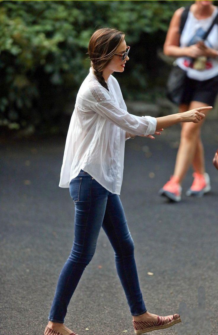 shirt miranda kerr was wearing a pair of frame denim le skinny de jeanne