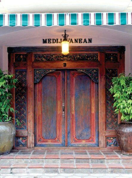 Another entrance gebyok door  @medijavanean office