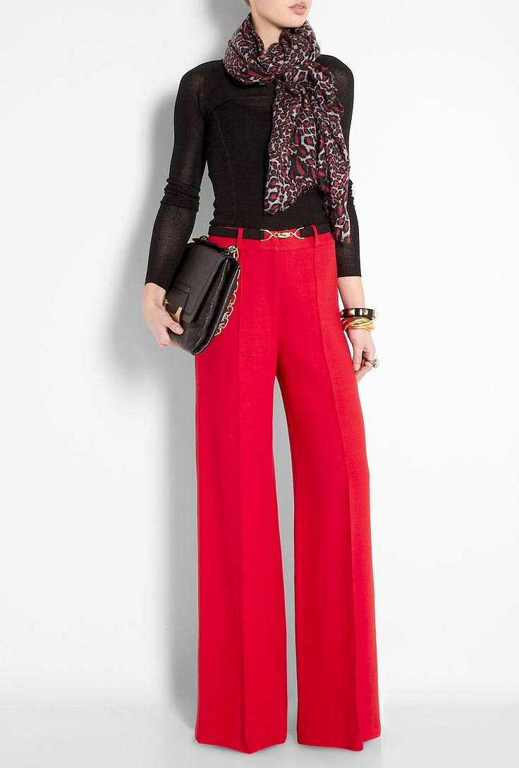 Those trousers! Work chic. CLICK THE PIC and Learn how you can EARN MONEY while still having fun on Pinterest