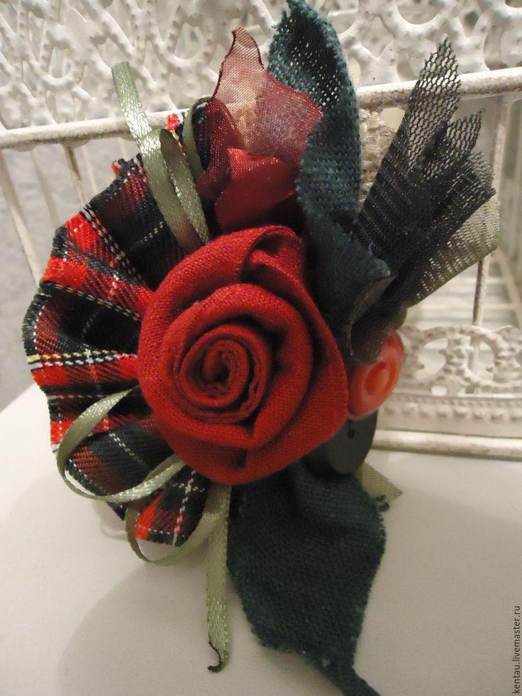 """Купить Брошь """"Шотландская роза"""" - ярко-красный, брошь, текстильная брошь, брошь в шотландском стиле"""