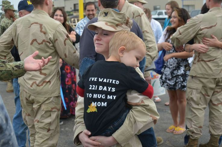 221 Days: Militarymom, Random Pictures, Soldiers, Coming Home, God Blessed, Army Wives, Military Mom, Photo, Memories Day