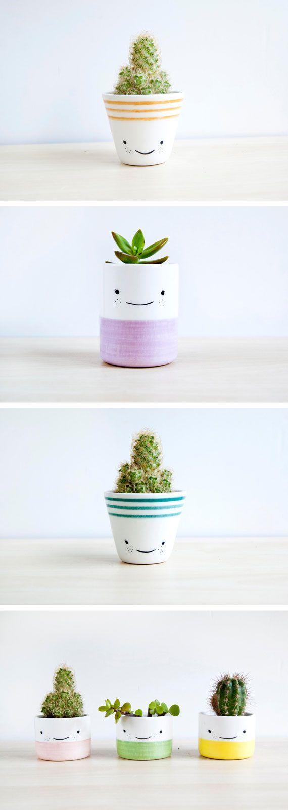 Happy Face Planters | Glückliche Gesichter Übertöpfe von der spanischen Keramik Künstlerin Noe Marin.
