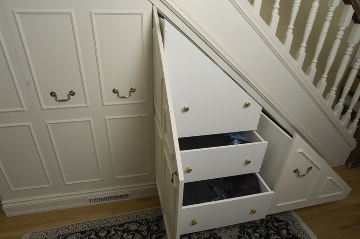 Under stair storage traditional entry toronto lipa for Under the stairs cabinet
