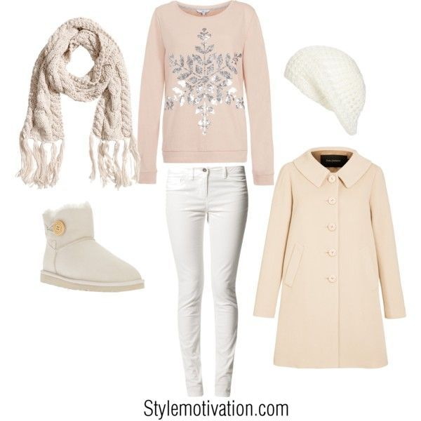 Cute pastel Christmas outfit idea