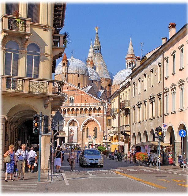 street in Padova, Italy My cousin Silvia lives here!