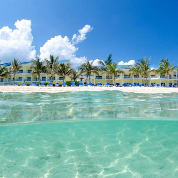 All Inclusive Wyndham Reef Resort Grand Cayman Offering An Outdoor Pool And Year Round Outdoor Pool All Inclusive Wyndham Reef Resort Grand Cayman Is Set In