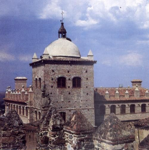 Palacio de los Toledo Moctezuma.