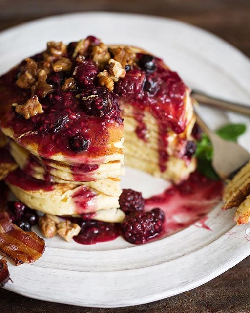 lemon ricotta pancakes with mixed berry compote and candied… via @feedfeed on https://thefeedfeed.com/cookingwithcocktailrings/4184993