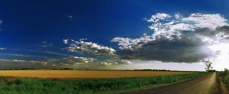 Ez egy 12 képből álló panoráma kép a Ecsegfalvai úton készült Urbán Zoltán fotója