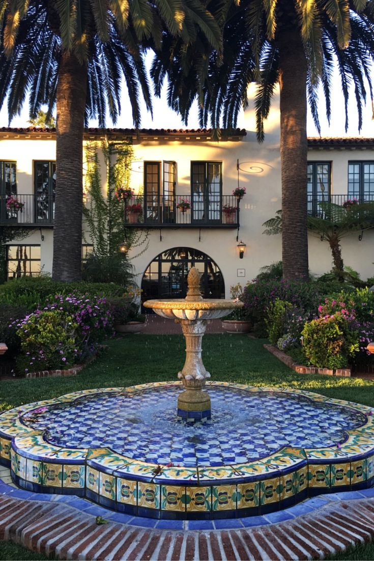 Join me along my California coast road trip! FIRST STOP: A romantic getaway to the elegant Four Seasons Resort The Biltmore Santa Barbara. Spanish architecture, hidden bungalows, and oceanfront views. Doesn't get better than that!
