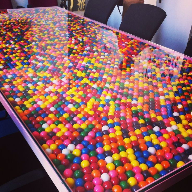 Love the quirkiness of this bubblegum conference table. Would be great at a youth-focused company or hey, a candy consumer company :)