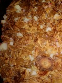 Sweet Onion Ham & Potato Bake  1 Large canister French's Dried onion 1cup dried pineapple, chopped 1 tablespoon Teriyaki sauce 1 tablespoon lemon juice 1 Bag frozen potatoes O'Brien 1 package cubed ham 1 cup chicken broth 1/4 cup pineapple juice 1 tablespoon dried onion flakesBags Frozen, Cubes Hams, Onions, Dry, Cups, Potatoes, Breakfast Food, Pineapple, Chicken Broth