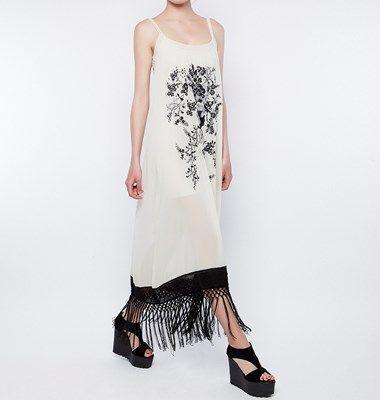 Φόρεμα μακρύ με κρόσσια και κεντήματα 033-111010 79,90 €