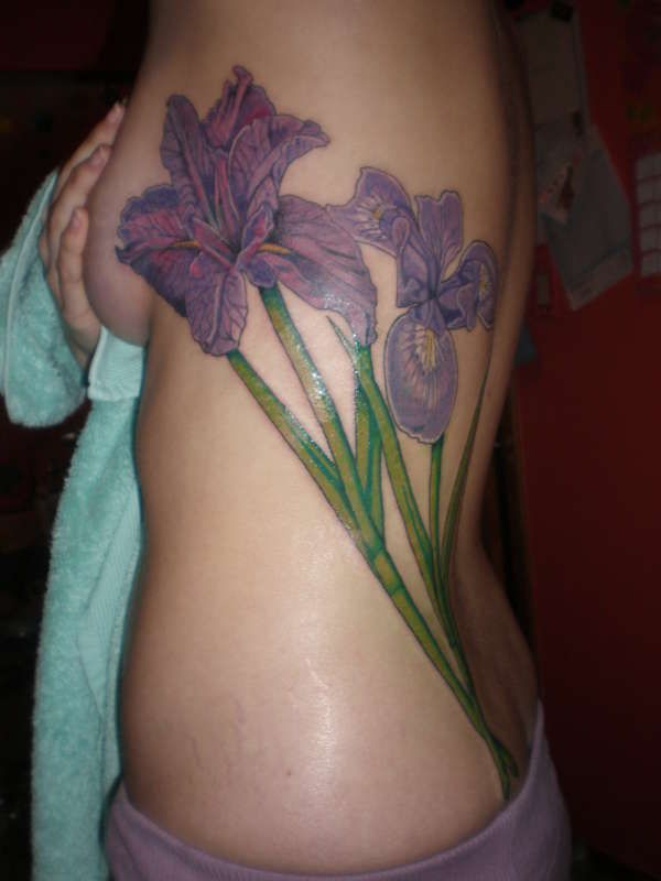 This Iris tattoo is amazing! Meaning of Iris: Fleur-de-lis, Emblem of ...