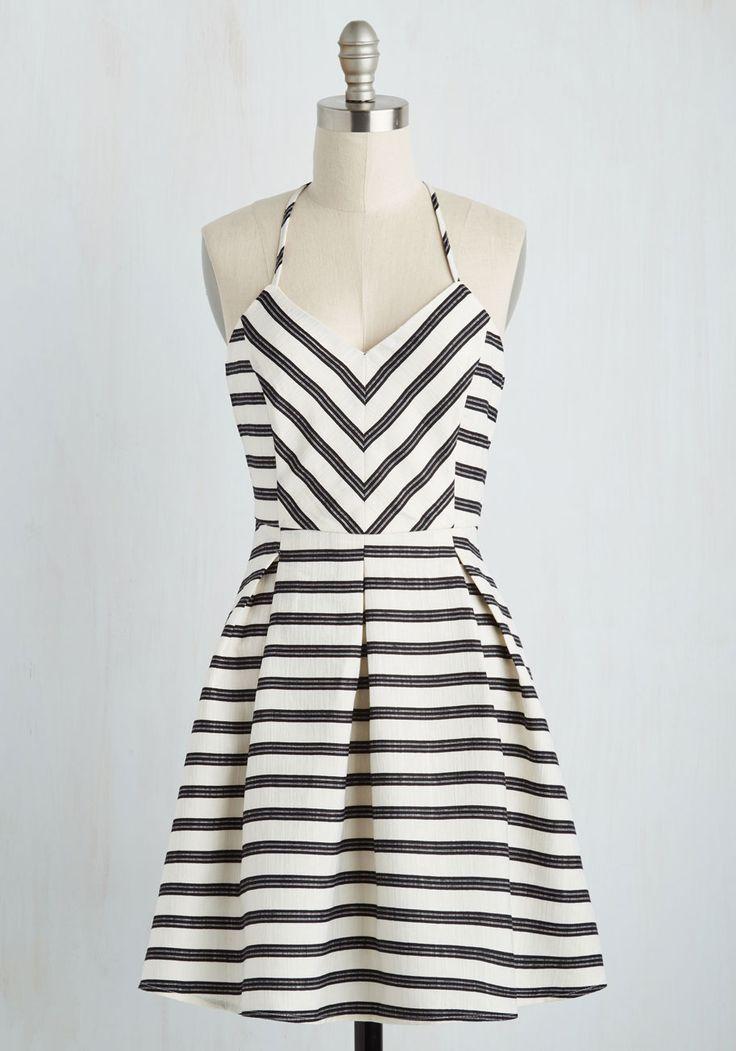 Best 25+ Black and white vintage dresses ideas on Pinterest ...