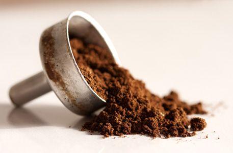 I mille modi per riutilizzare i fondi di caffè. Non gettarli!