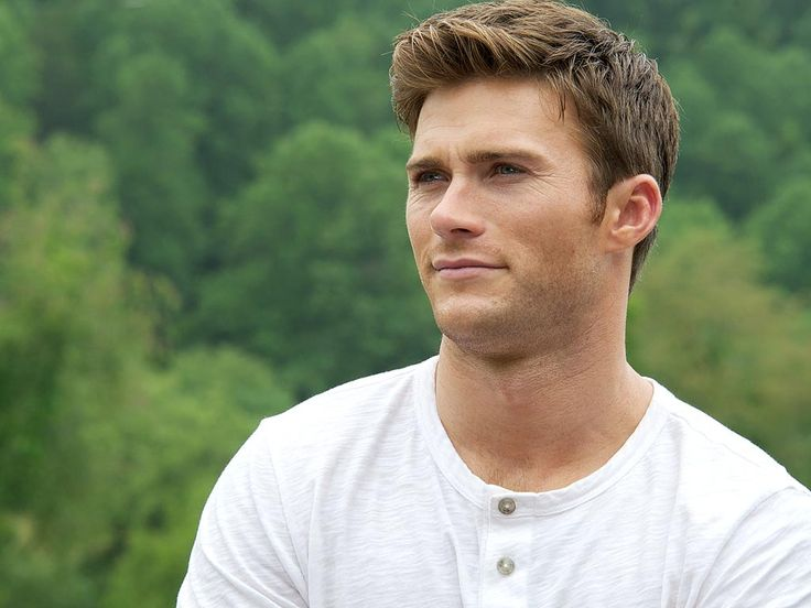 Scott Eastwood Proves He's Sexiest Son Alive–and a Dream Date http://www.people.com/people/article/0,,20914563,00.html