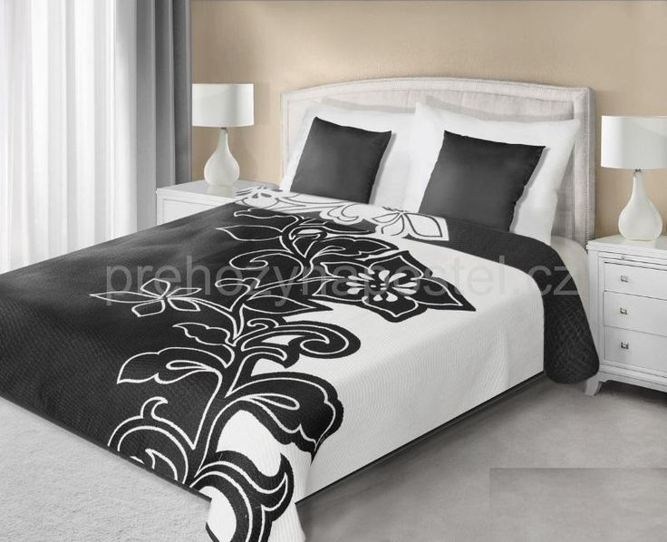Bílo černé přehozy na postel oboustranné vzorované