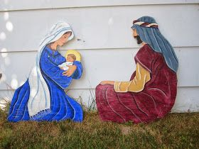 Flowers On The Roof: DIY Painted Outdoor Nativity Set