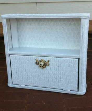 Vintage White Wicker Bathroom Wall Hanging Cabinet W Door