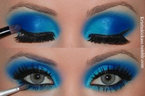 Turquoise eye makeup. halloween