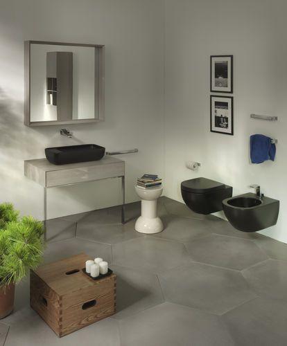 Wall-hung toilet / ceramic APP FLAMINIA