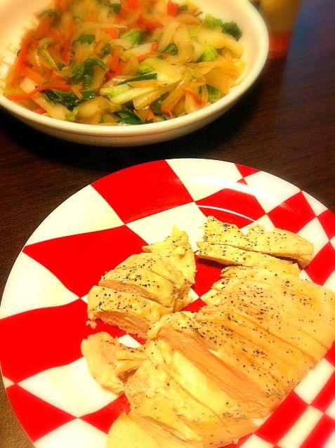 ヘルシーでむね肉柔らかくて最高!またしたいな♪ - 2件のもぐもぐ - 鶏むね肉蒸し&野菜炒め♪ by kinakoko
